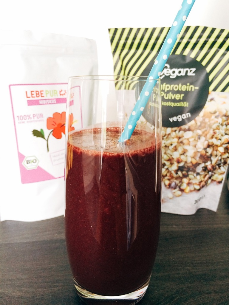 Pretty Happy Days BineLovesLife Smoothie