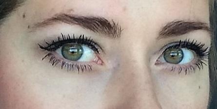Nackt oder angezogen BineLovesLife Eyes