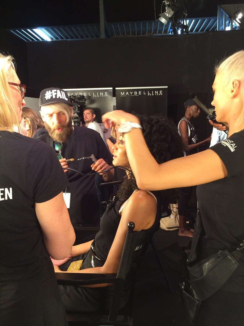 Fashion Week Berlin Backstage Hairstyling BineLovesLife