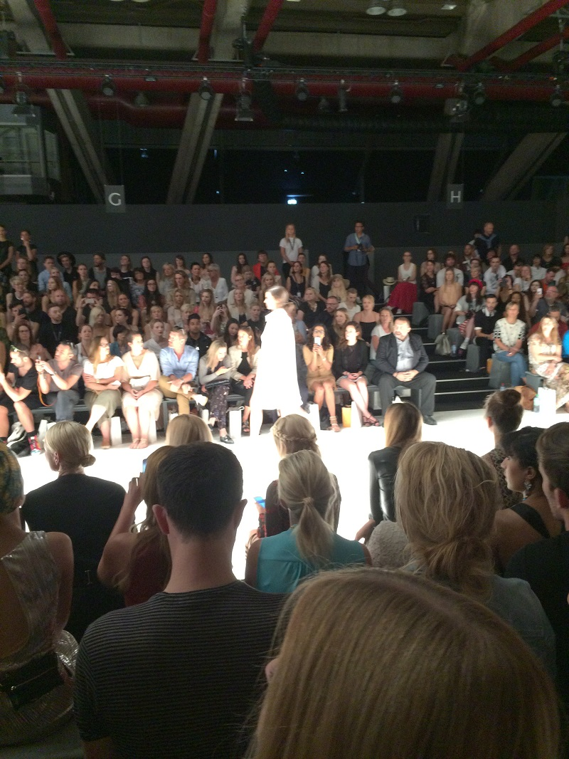 Fashion Week Berlin Catwalk By Dimitri BineLovesLife
