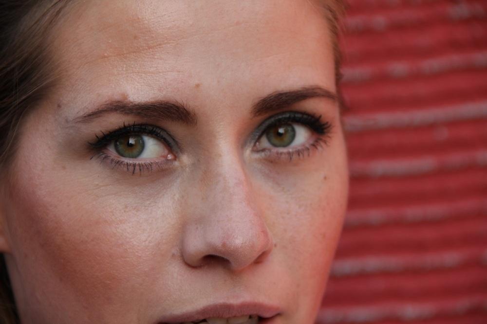Smokey-Eyes-Makeup-TrendyThursday-BineLovesLife