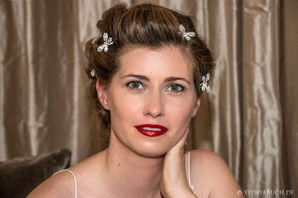 Romantic 40ies Bridal Makeup BineLovesLife