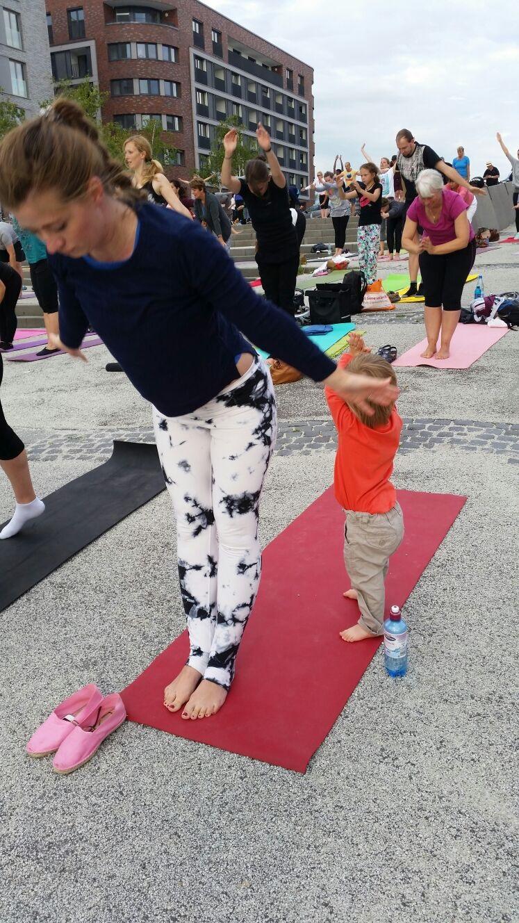 Yoga 108 Sonnengruss Bedeutung Shakti Sunday Hafentreppe