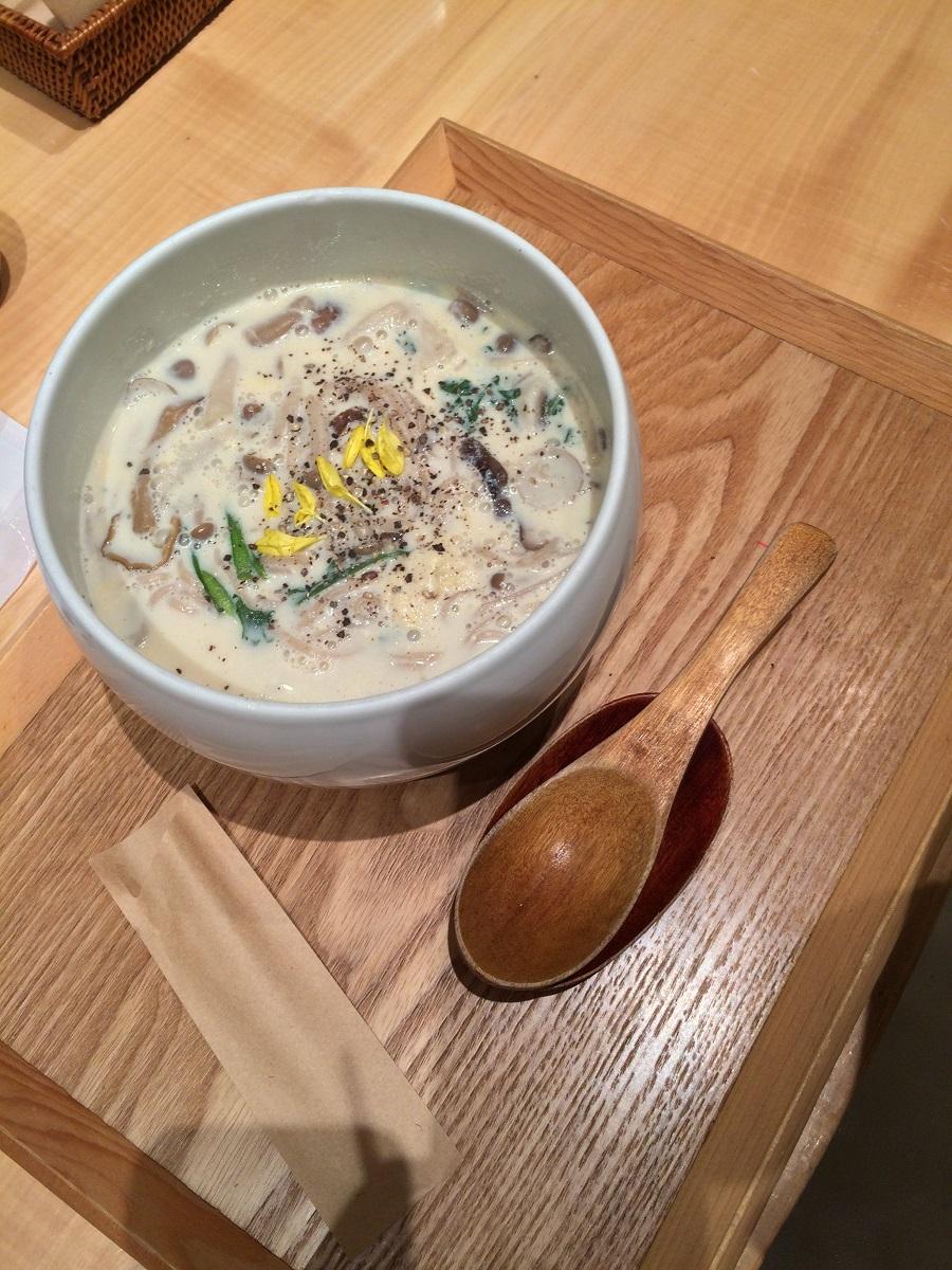 japan-osaka-mushroom-soup