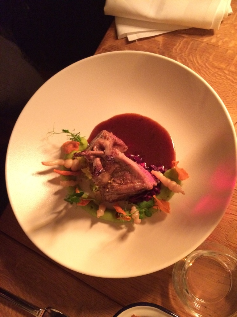 kulinarisch-reisen-seafood-offenbach-fleisch-bineloveslife
