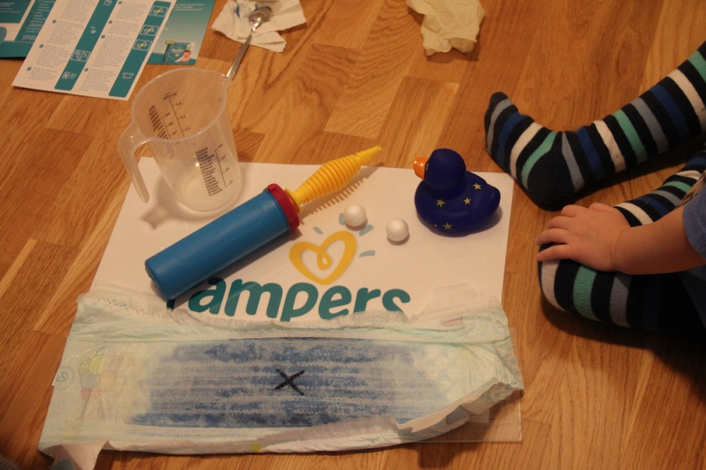 Windeltest Atmungsaktive Trockenheit Pampers Baby-Dry Air BineLovesLife.JPG