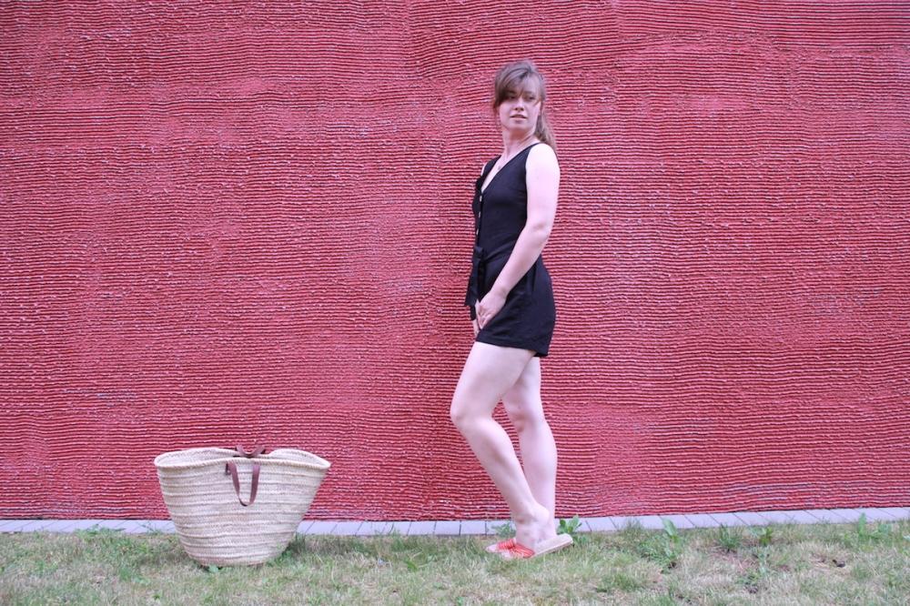 MomStyleGuide schwarzer Jumpsuit Sommer BineLovesLife