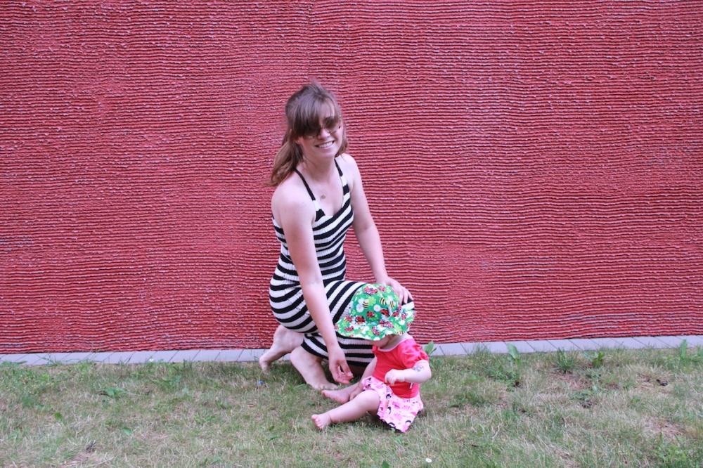 MomStyleGuide Sommerstrickkleid TrendyThursday BineLovesLife