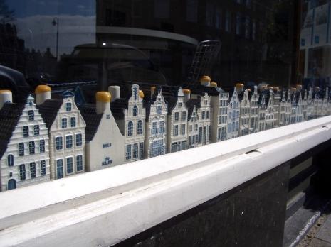 Den Haag Dutch Living BinesLovesLife