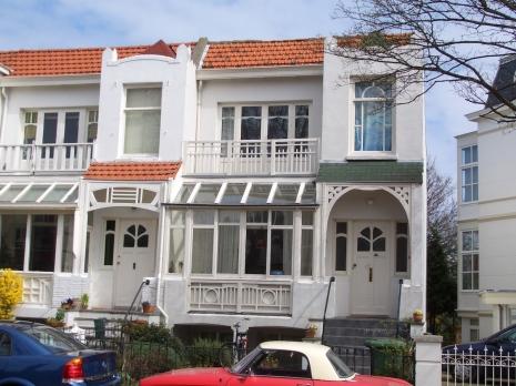 Den Haag TownHouse BinesLovesLife