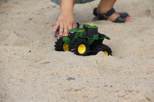 Monster Treads Traktor Offroad BineLovesLife