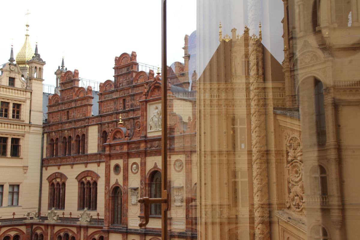 Schloss Schwerin Reflektionen BineLovesLife
