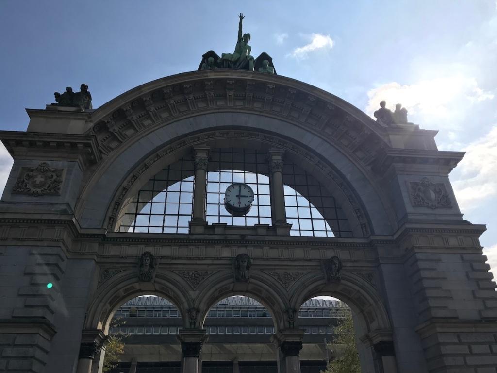 Luzern mit Kindern Hauptbahnhof BineLovesLife